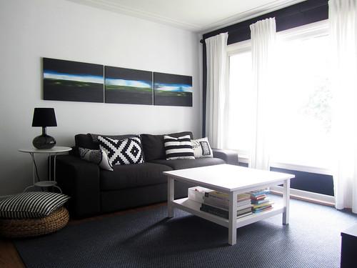 blackwhitelivingroom1