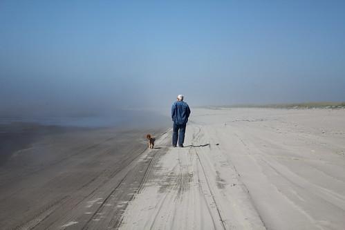 366/225 - 8/12/12 - Foggy day at the beach!