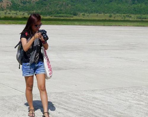 Chic Airport Wear: Astrid Zoe Reburiano2