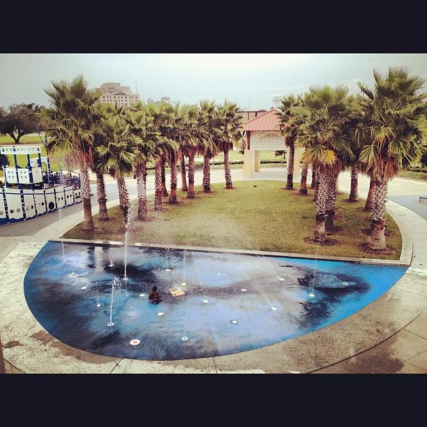 08 17 12 Splash Pad Jones Park Gulfport Ms Splashpad Jonespark Gulf Gulfport Gulfcoast