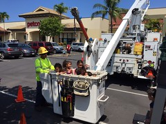 "Hawaii Electric Light at Kuleana Education's ""Touch-a-Truck"" - August 20, 2016"