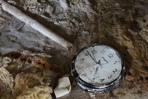 Vile Rot Clock