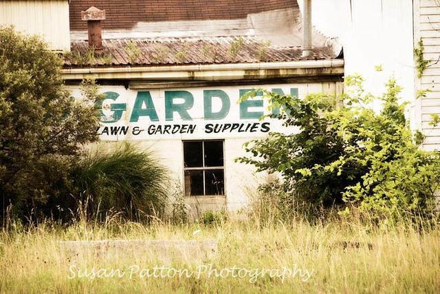 wgarden_supplies