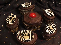 Dark Chocolate Leopard Cupcakes