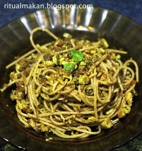 pressure cooked milkfish olio whole wheat pasta