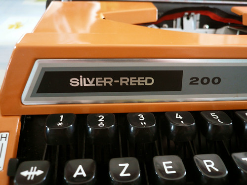 Silver-Reed 200 badge