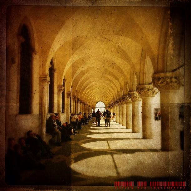 Outside the Doge's Palace #iphone #iphoneography #italy #venice #venezia