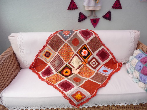Love the variety of squares in this blanket.