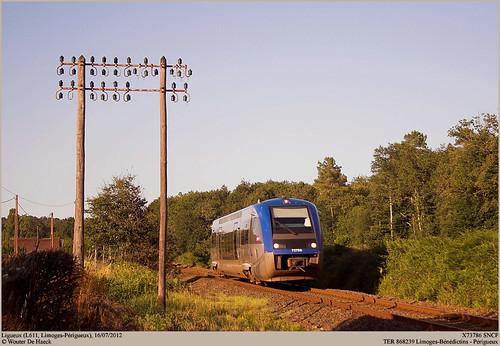 SNCF X73786 @ Ligueux
