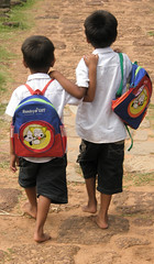best friends (Cambodia) by albatz