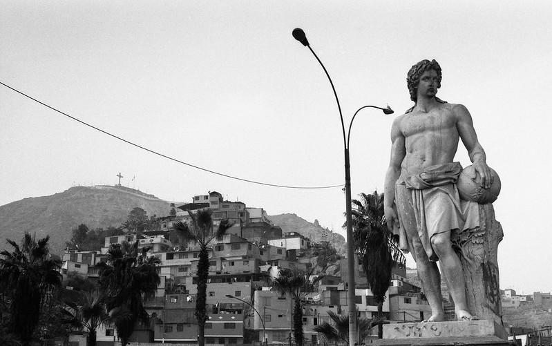 """Fotografía convencional, Lima en rollo: """"Géminis"""""""
