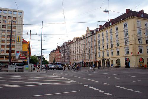 Einsteinstraße, Ecke Grillparzer Straße