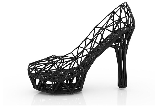 Amazing 3D Printed High Heel Shoe is Created with a 3Doodler
