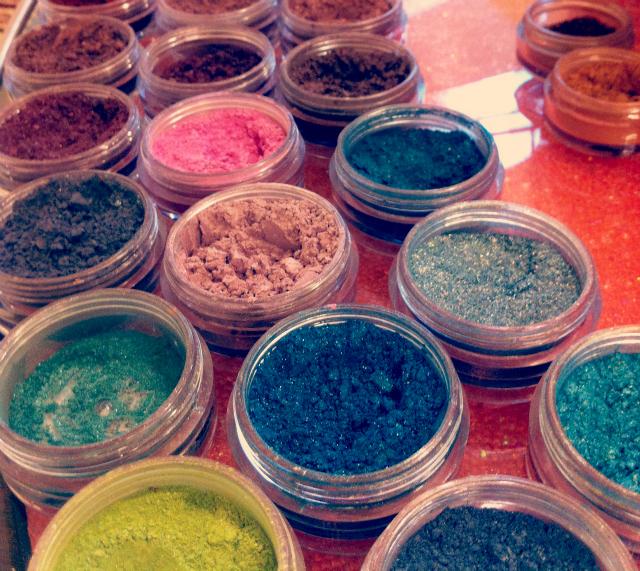 4 eyeshadows make-up beauty blog lifestyle vivatramp