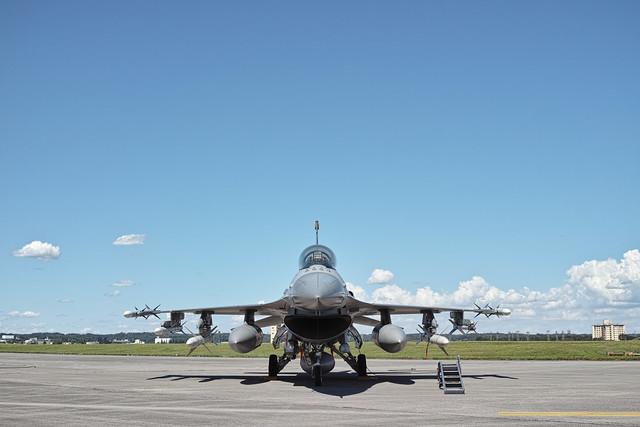 【20120819_横田基地日米友好祭(Friendship Festival)12_F-16 Fighting Falcon
