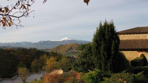 Monte Cimone visto dalle Scuderie Ducali