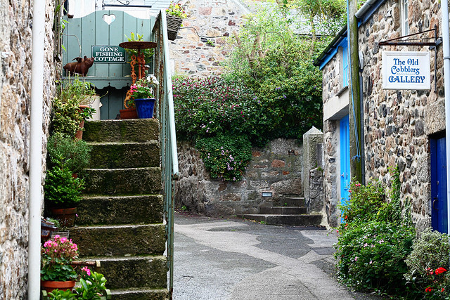 Mousehole-village1