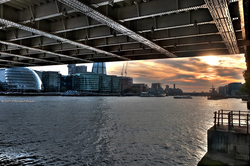 Sunset under Tower Bridge