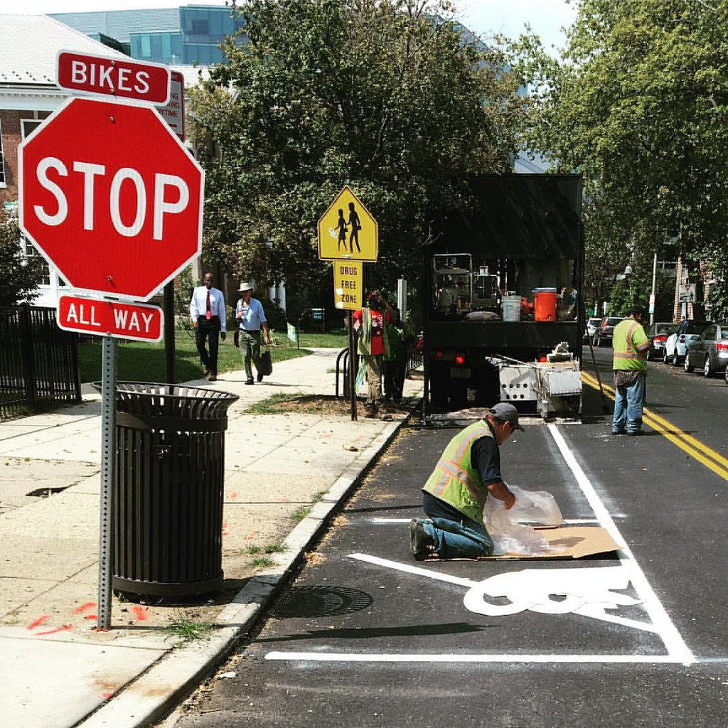 #activetransportation our cities are changing SharrowsDC <a href=