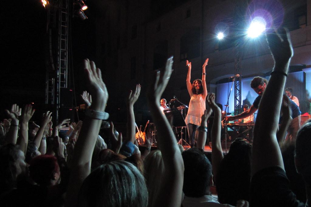 eleftheria arvanitaki &babis stokas concert in thessaloniki, 5.7.12