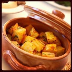 Spicy potato www.klamtam.com #klamtam #food #Kuwait #q8 #kuwaitfood #Kuwaiti #kuwaitinstagram #yummy #delicious #eat #culinary #photo #instaaddict #instadaily #instamood #instagood #instahub #igaddict #igdaily #igers #q8instagram #q8ig #foodpics #tweegram