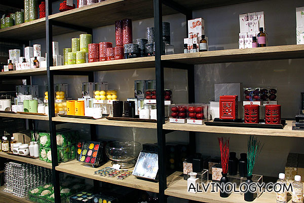 Candles, bath and spa items