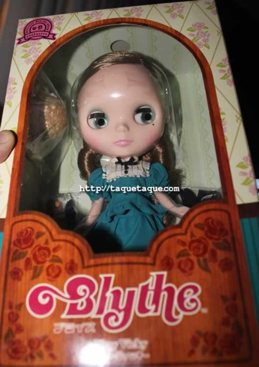 mi Blythe Very Vicky en su caja