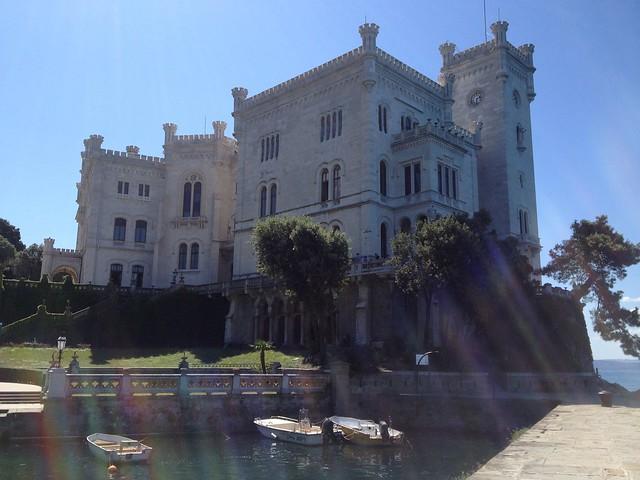 Il Castello di Miramare (Trieste) in tutto il suo splendore