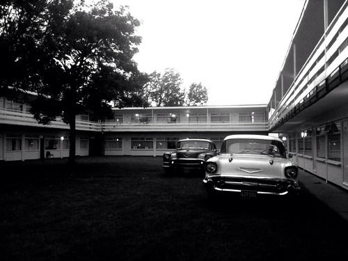 motel by BiERLOS