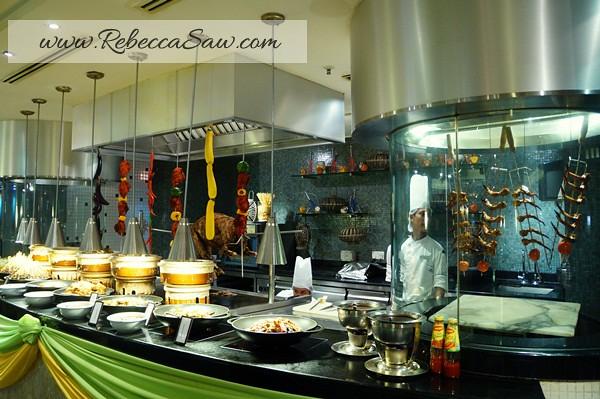 Ramadhan Hilton PJ-107