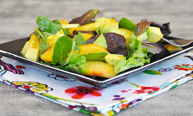 Avocado and Peaches Salad