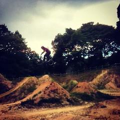 もうちょっと高さ出るようにジャンプ上向けようかな?#bmx #trails