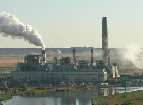 美國懷俄明州的火力發電廠。(圖:Greg Goebel)