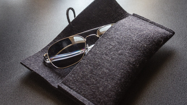 Rose And Young felt sunglass sleeve - open