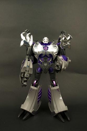 TFP AM-15 Megatron Darkness 5