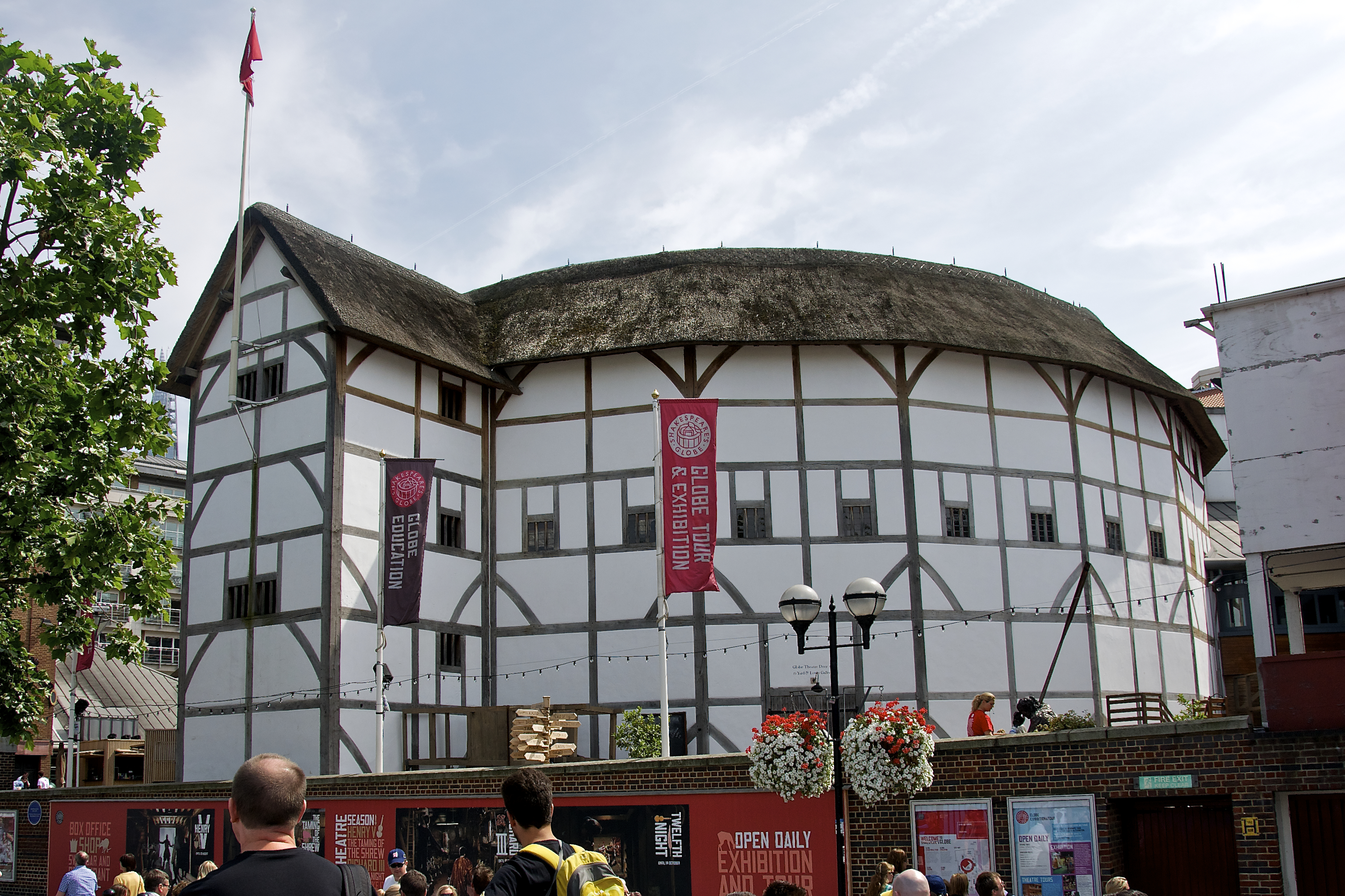 Shakespeare's Globe Theatre, London: Hours, Address, Shakespeare's Globe Theatre Reviews: 5/5