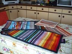 tende e tovagliette: dopo il telaio, la macchina da cucire