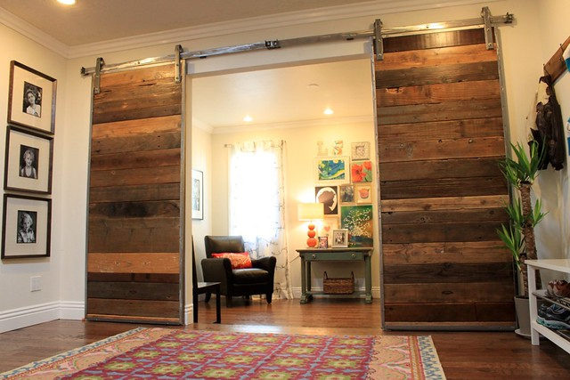 barn door room divider 1 flickr photo sharing. Black Bedroom Furniture Sets. Home Design Ideas