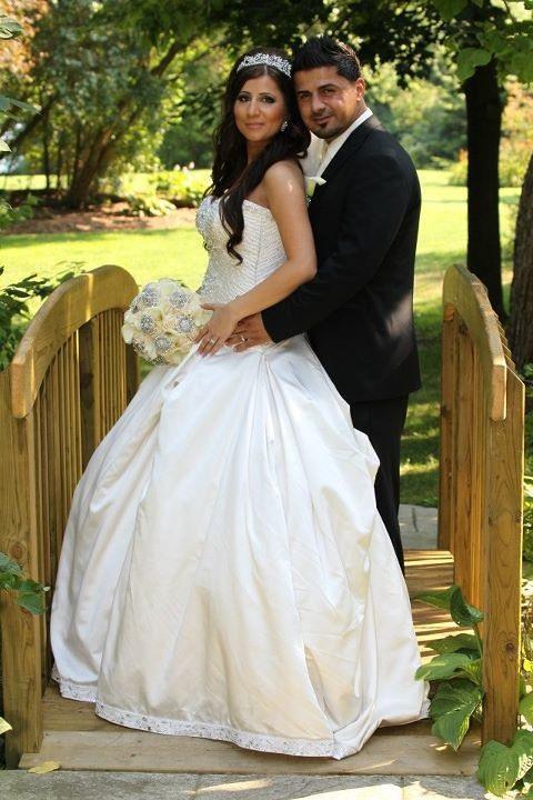 Bridal Styles bride Eva in a crystal encrusted headband