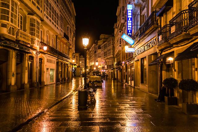 Calle Real de noche - Coruña