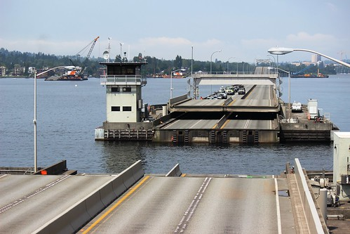 SR 520 drawspan opening