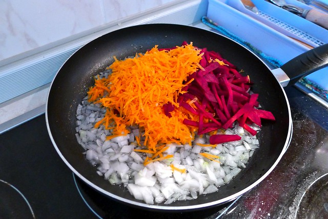 fry the carrot and beetroot
