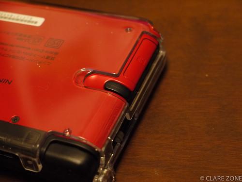 3DS LL タッチペンはサイドに収納になり取り出しやすく