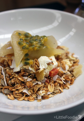 Muesli with apple and passionfruit