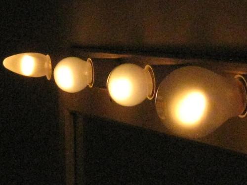Dressing Mirror Lights in the Palais Theatre – Lower Esplanade, St Kilda