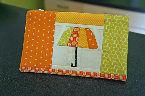 Umbrella pouch front