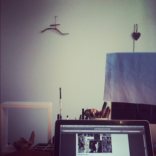 Working afternoon by la casa a pois