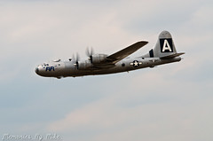 aviation, military aircraft, airplane, propeller driven aircraft, vehicle, bomber, flight, air force, air show,