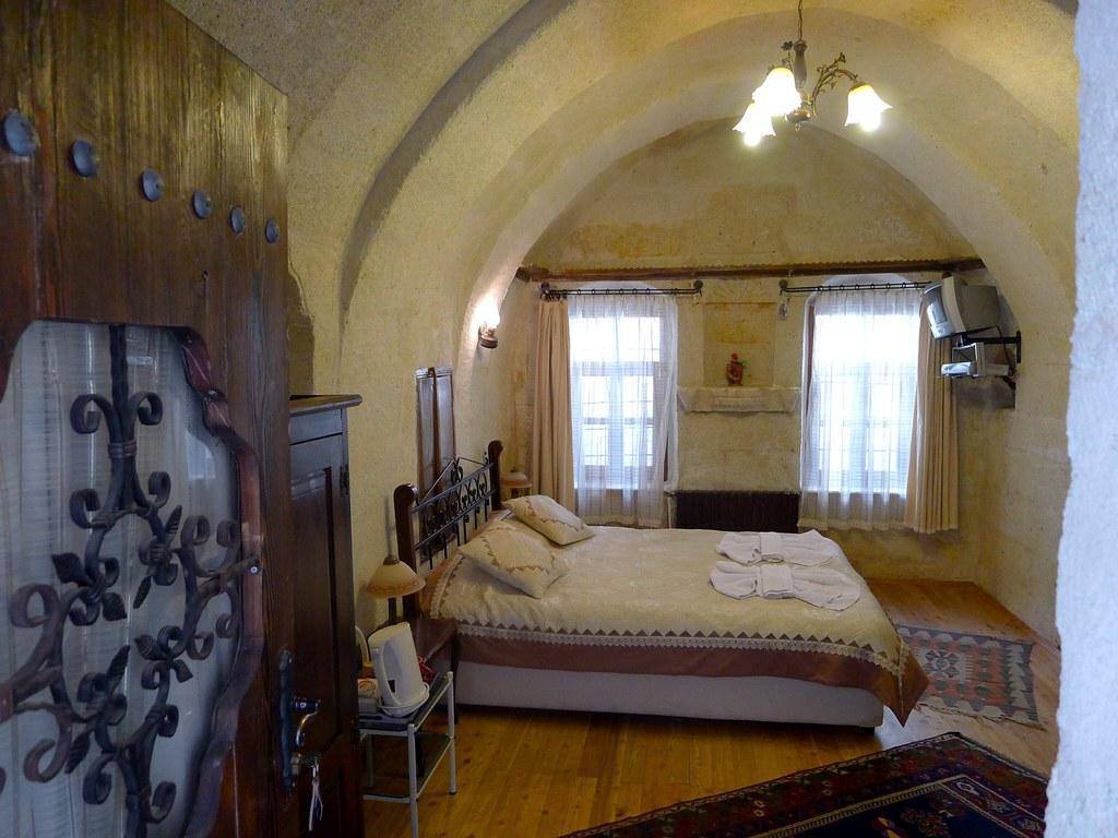 Beautiful 2nd room