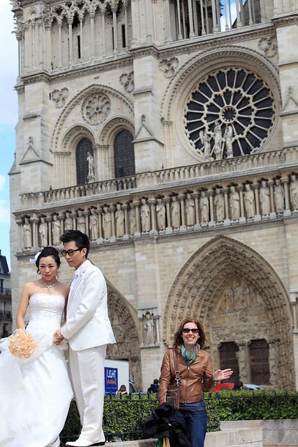 Notre Dame Photobomb